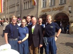 Helfer/in aus Coesfeld mit Oberbürgermeister Lewe